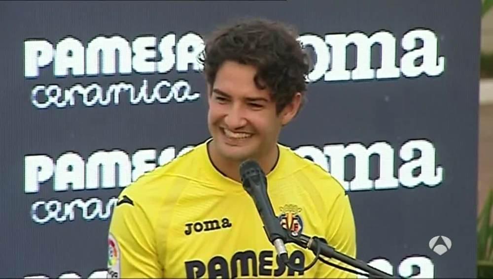 Pato, sonriente en su presentación como jugador del Villarreal
