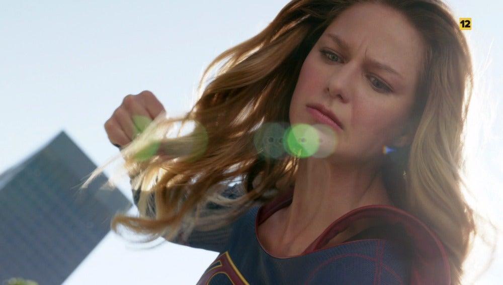 ¿Derrotará Supergirl a su tía Astra?