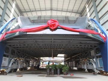 Bus túnel para evitar atascos en China