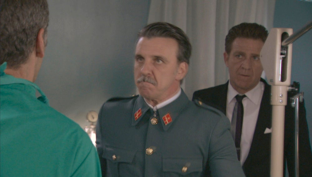 Tomás interrumpe la operación de Sofía