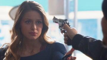 Kara descubre nuevos poderes
