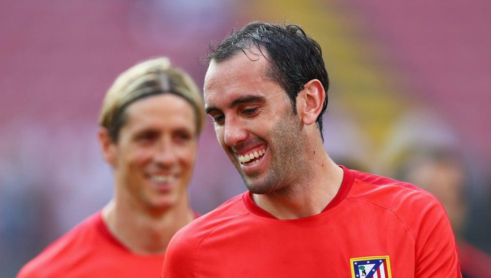 Diego Godín sonríe en un entrenamiento del Atlético de Madrid