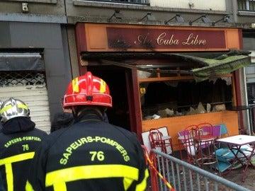 Bar incendiado en Rouen