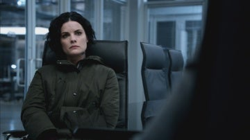Mayfair se pone serie con Jane