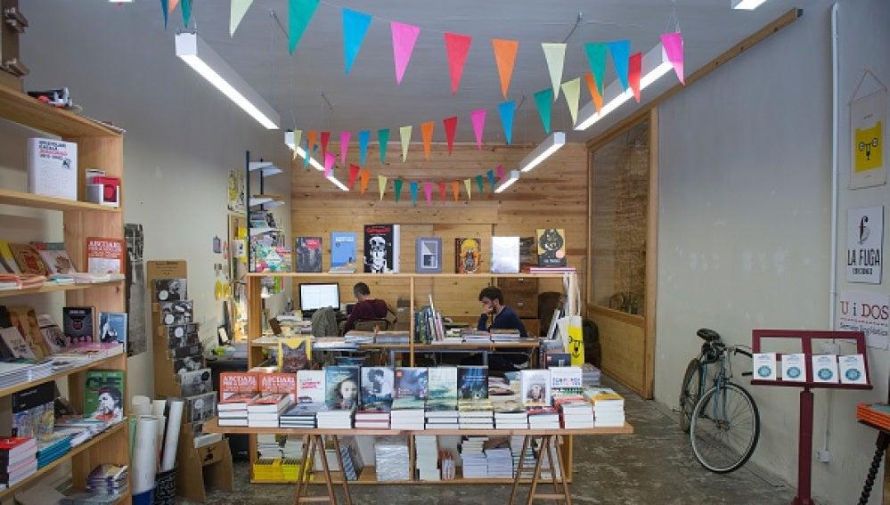 Las librerías se reinventan y la venta de libros aumenta.