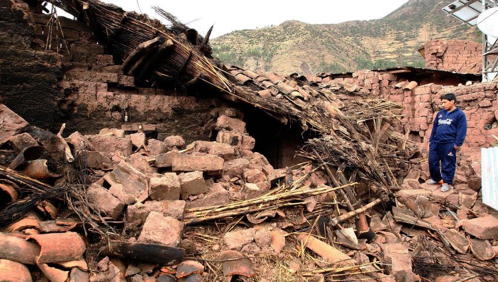 Escombros tras el terremoto de Perú.