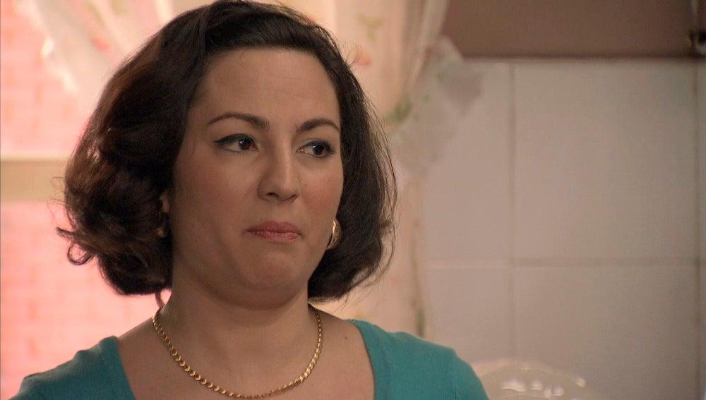 Maruxa confiesa a Benigna que se acostó con Dosvalles