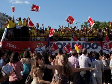 El PSOE e IU condenan una agresión homófoba a tres jóvenes en Albacete
