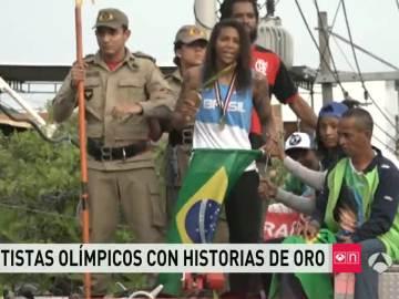 Rafaela Silva ensayando su medalla de oro en la favela donde creció