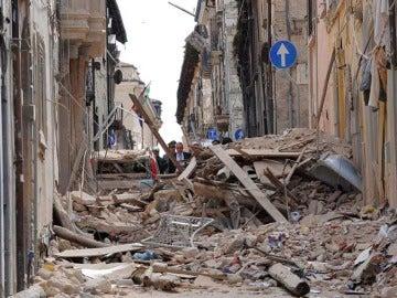 Devastación tras el terremoto en L'Aquila