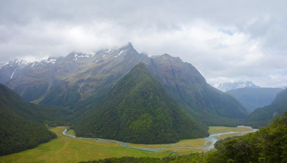 El Valle de Routeburn en Nueva Zelanda, las montañas donde la mujer sobrevivió durante un mes
