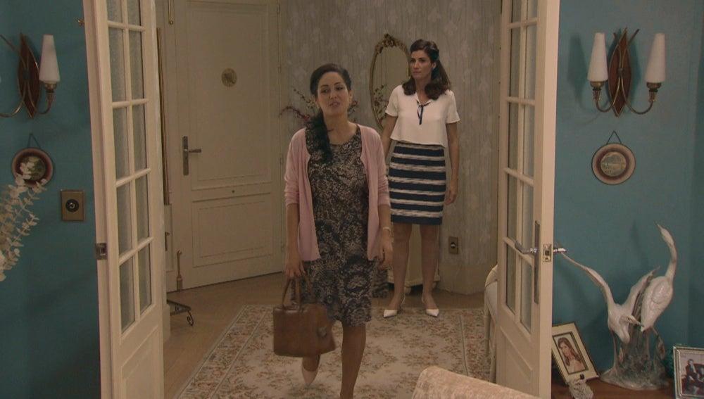 Aitana amenaza a Adela