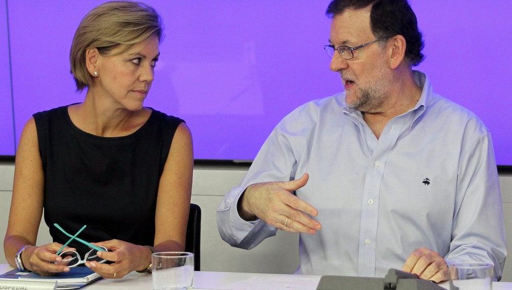 María Dolores de Cospedal, junto a Mariano Rajoy en el Comité Nacional