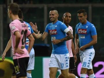 Marek Hamsik abrió el marcador ante el Palermo
