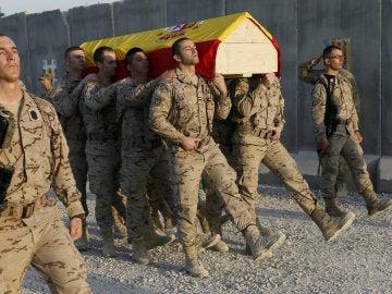 Ceremonia de despedida en la base española en Irak