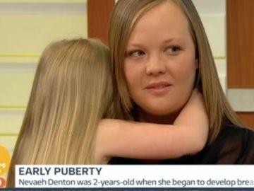 La pequeña Nevaeh y su madre en el programa de televisión