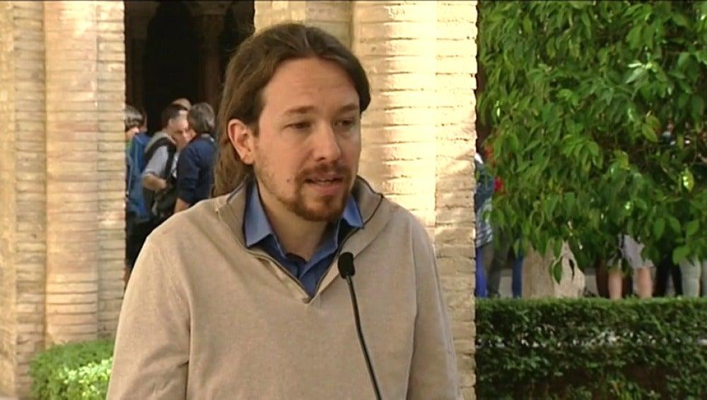 Frame 82.634261 de: Pablo Iglesias pide a los barones del PSOE que den un poco de cuerda a Pedro Sánchez