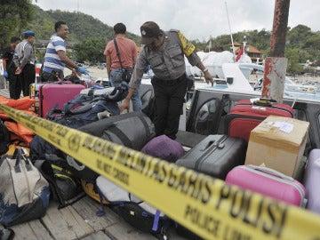 Maletas de los heridos en el accidente en Bali