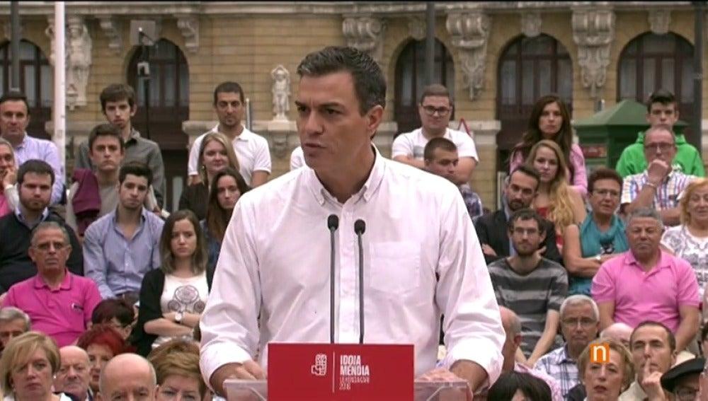 """Frame 83.660444 de: Sánchez, a Rivera: """"¿Y con los 90 escaños de la pasada legislatura cuando me apoyaste sí?"""""""