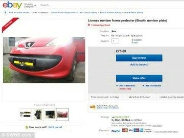 Miles de conductores de Reino Unido compran estas 'placas tapa matrícula' ilegal de estilo James Bond en eBay
