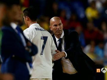 Zidane, tras cambiar a Cristiano Ronaldo