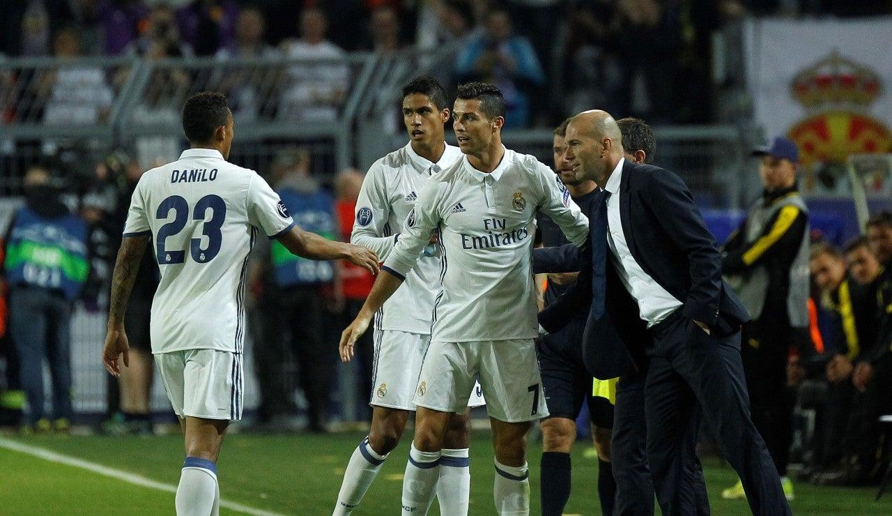 Cristiano Ronaldo y Zidane, firman la paz tras el gol del portugués