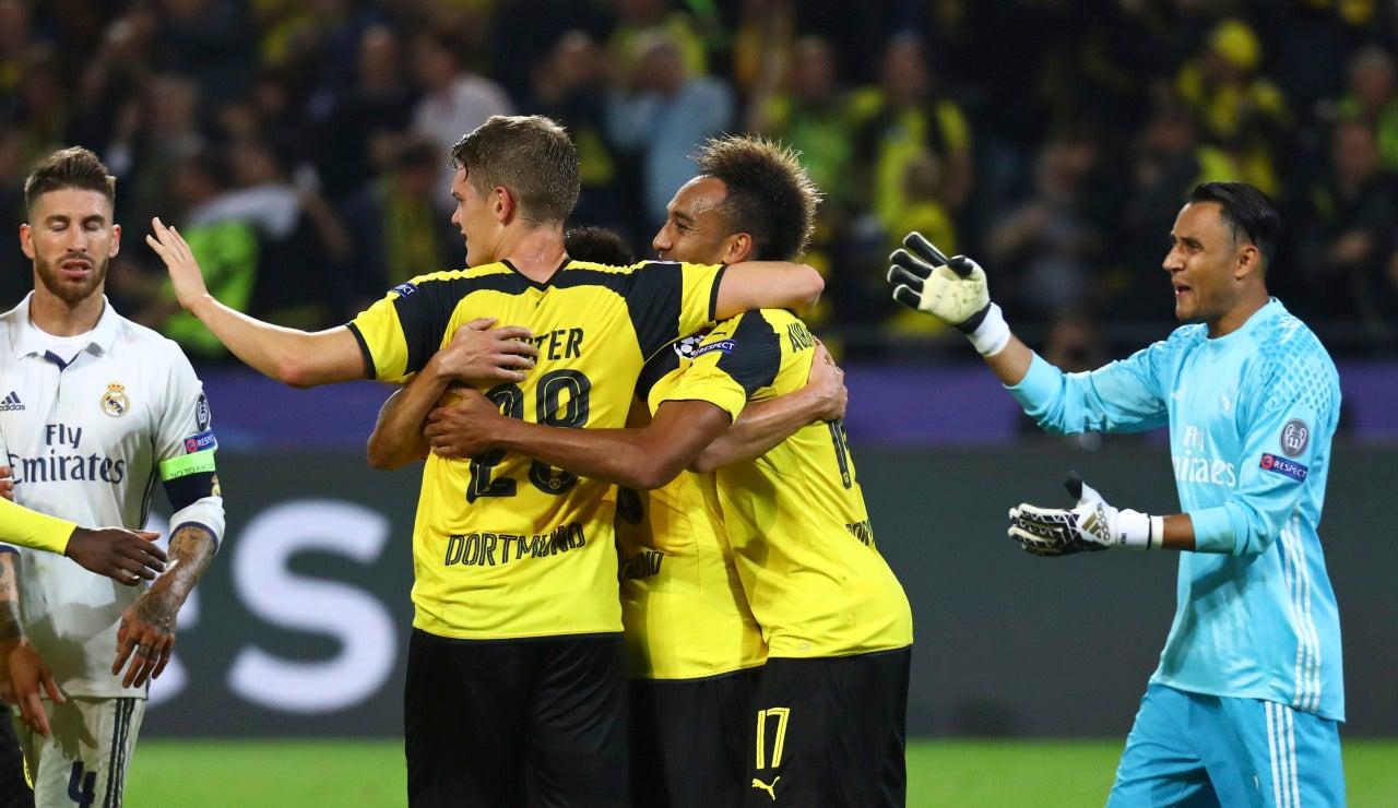 El Dortmund, celebra el empate al Real Madrid