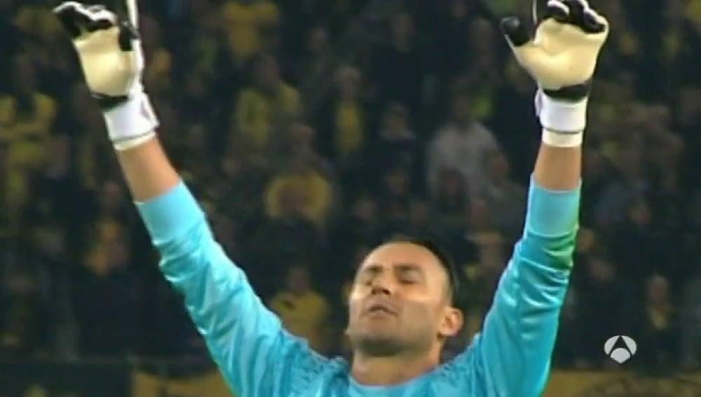 Keylor Navas, durante el encuentro contra el Dortmund