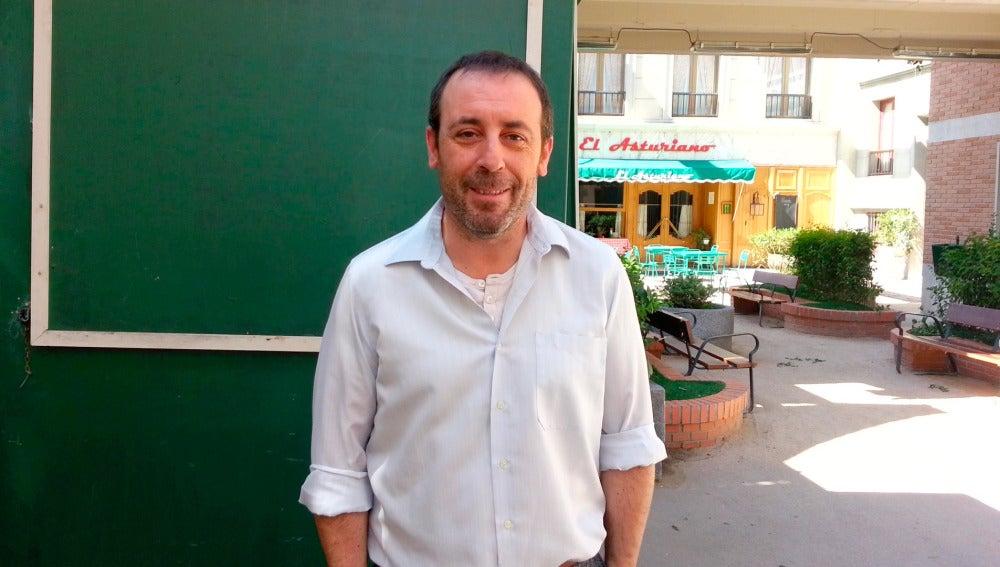 Antonio Molero es Benito en Amar es para siempre