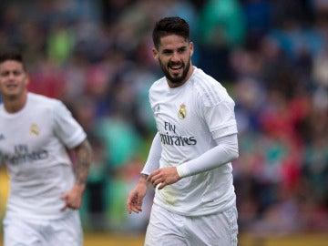 Isco Alarcón celebra un gol con el Real Madrid