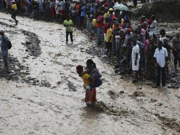 Torrente de agua en Haití