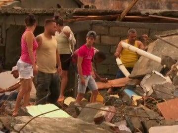 Frame 62.324 de:  El Huracán Matthew deja ya 39 muertos a su paso por el Caribe