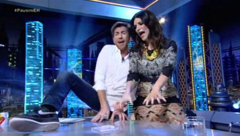Frame 190.008647 de: Laura Pausini canta a dúo con Pablo Motos