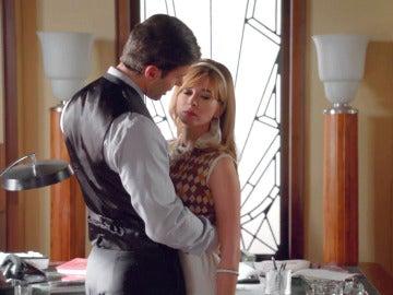 Clara se siente pisoteada por Marco Cafiero
