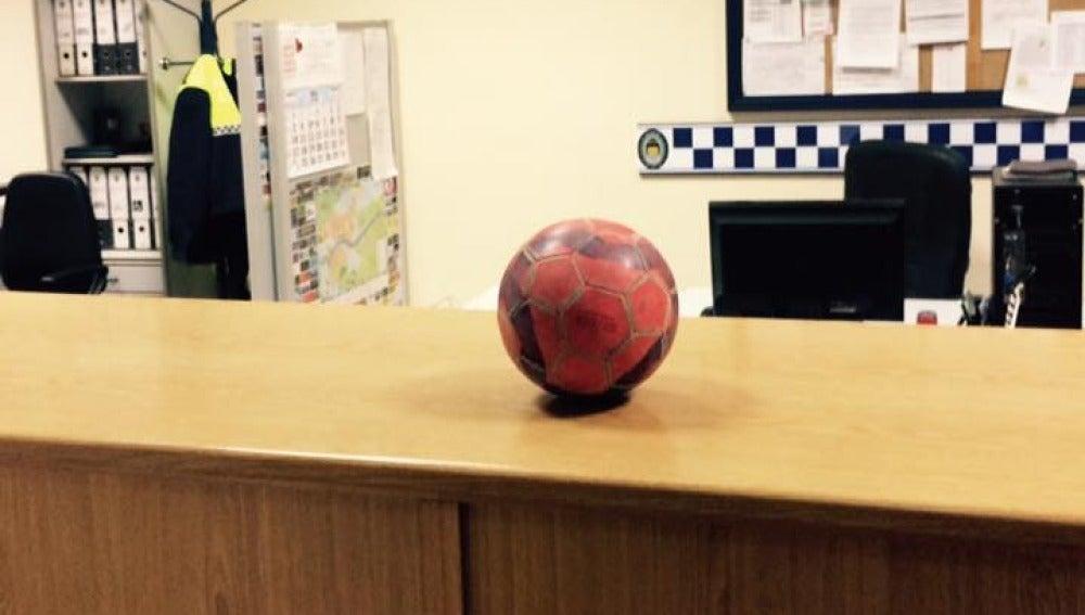 Primer balón requisado por la Policía