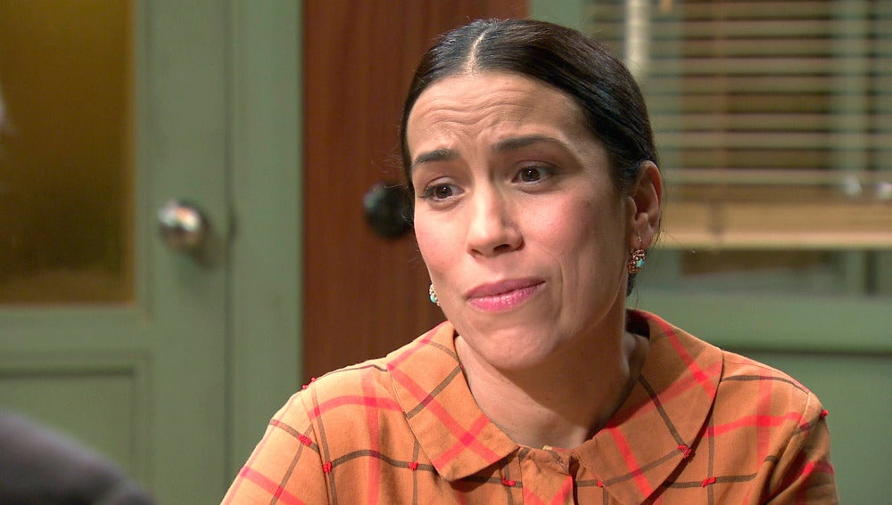 Manolita pide aydua a Quintero