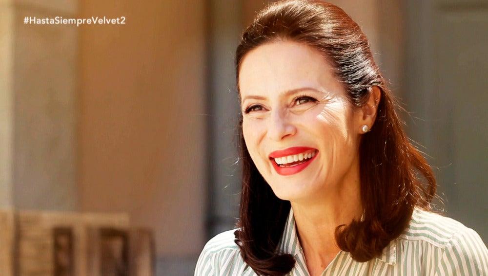 """Aitana Sánchez-Gijón: """"Me pellizcaba para creerme que estaba trabajando con Sacristán y Concha Velasco"""""""