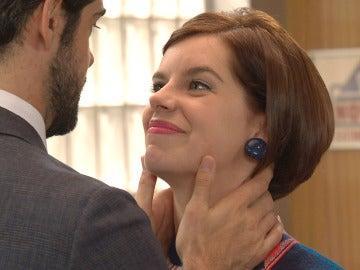 """Marta le pregunta extrañada a Alonso: """"¿Por qué sabías que quería casarme ahí?"""""""