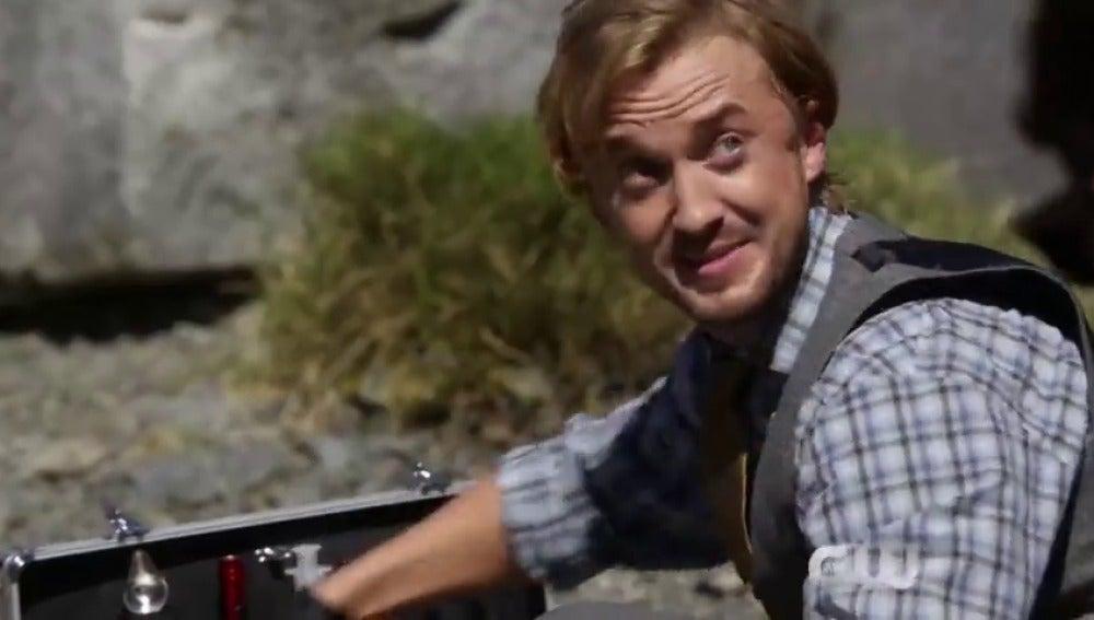 Frame 17.213121 de: Tom Felton protagoniza el nuevo avance de 'The Flash'