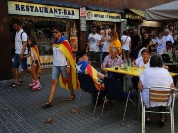 Ada Colau da así un paso más para limitar el turismo en el centro de la ciudad