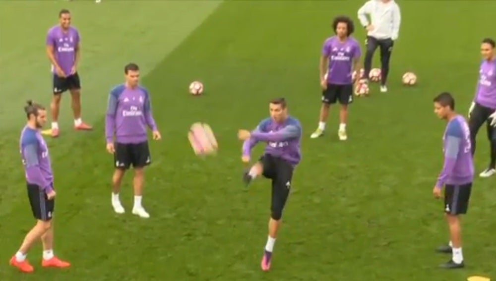 El pelotazo de Cristiano a la prensa