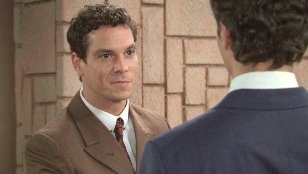 Alonso presenta a Rafael a Don Juan Carlos de Borbón