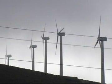 Frame 11.203965 de: Luz gratis para los 700 vecinos de la localidad lucense de Muras