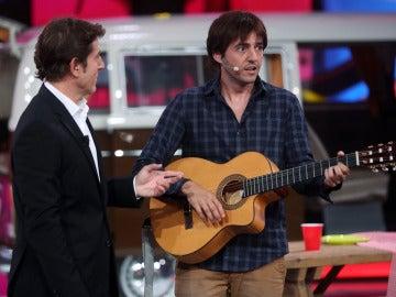 "Chenoa a David: ""Ojalá hubieras afinado igual que tocas la guitarra"""