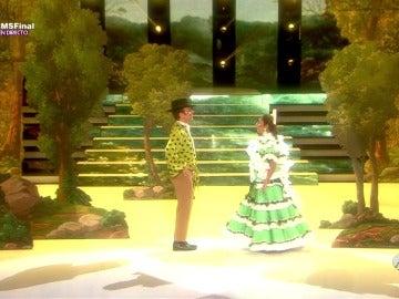 Frame 61.421979 de: Àngel Llàcer y Lolita imitan a Manuel Bandera y Ángela Molina