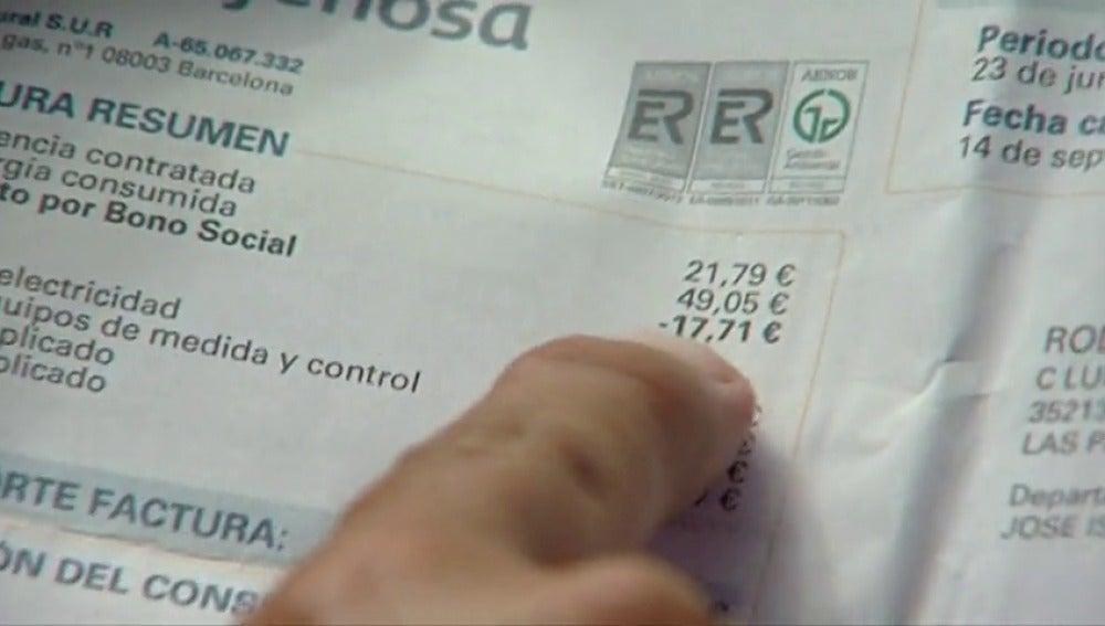 Frame 5.348331 de: ¿Quién pagará la anulación del bono social de las eléctricas?