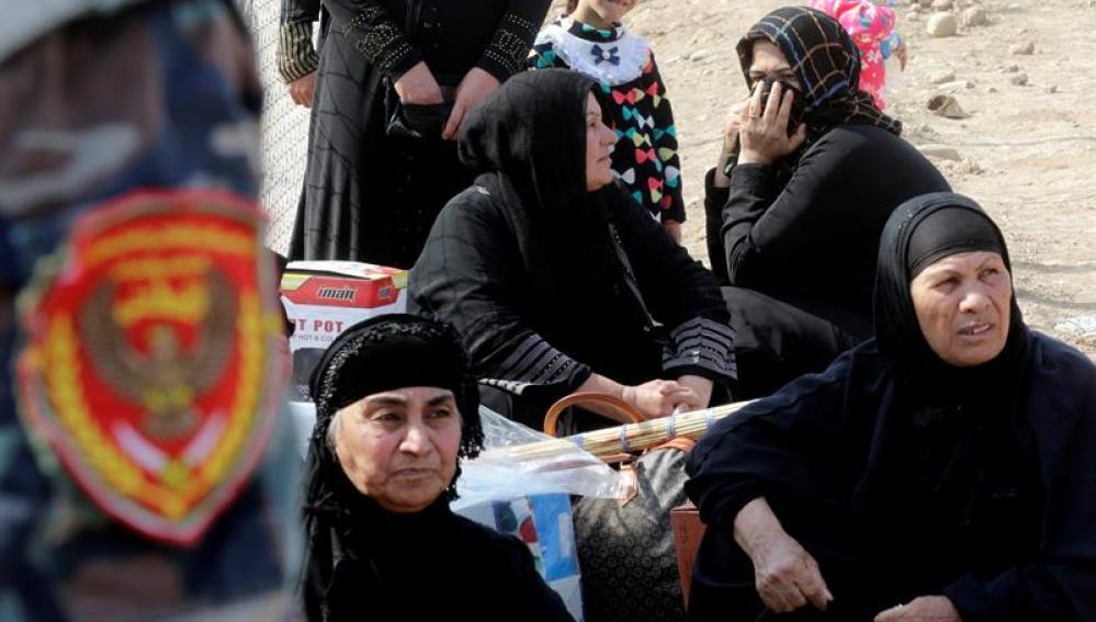 Daesh secuestra a casi 8.000 familias iraquíes para usarlas como escudos humanos