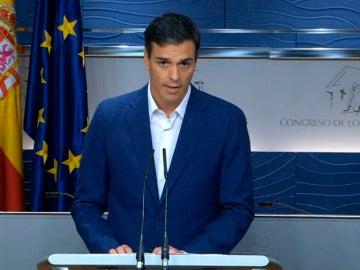 Sánchez renuncia al acto de diputado