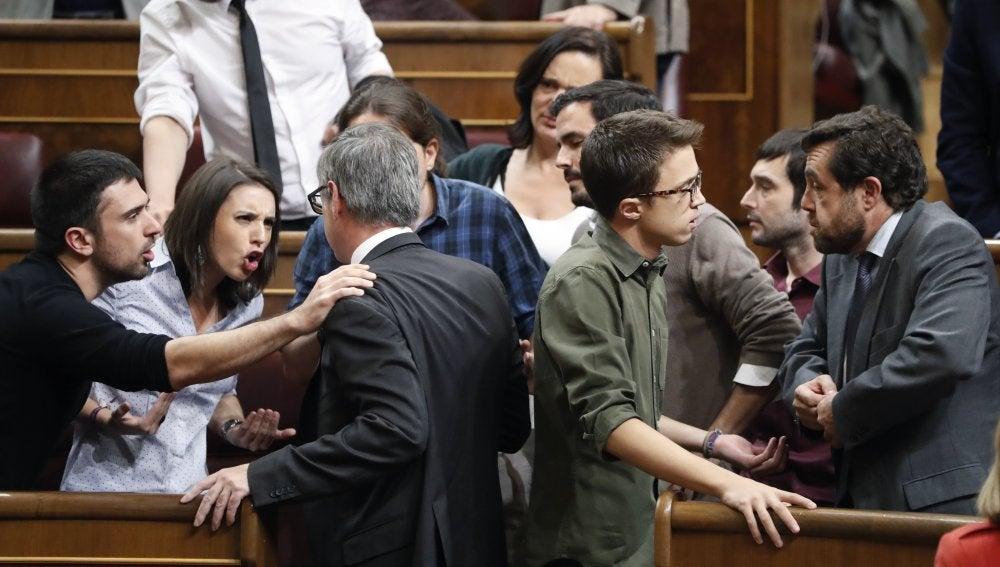 Enfrentamiento entre Ciudadanos y Podemos