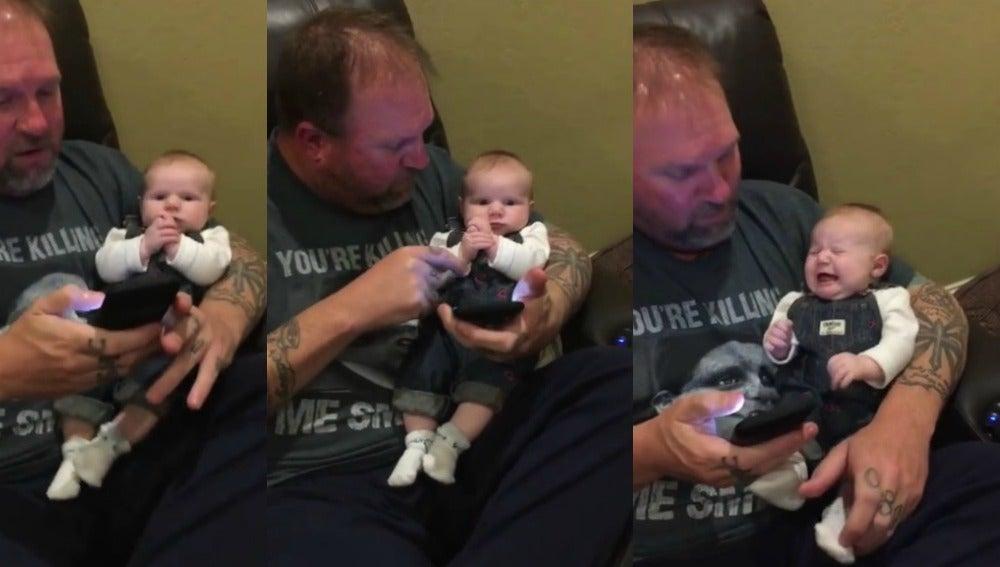 Imagen del bebé rockero y su padre